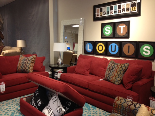 Redecorating Fab: Check Out Our New Family Room Furniture