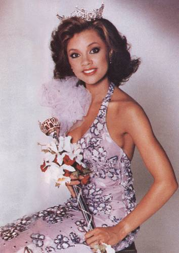 The Cube Style Icon: Vanessa Williams