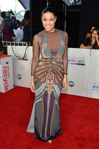 Live Thread: 40th Annual American Music Awards Red Carpet Photo Fab
