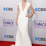 39th Annual People's Choice Awards Red Carpet Rundown Photos