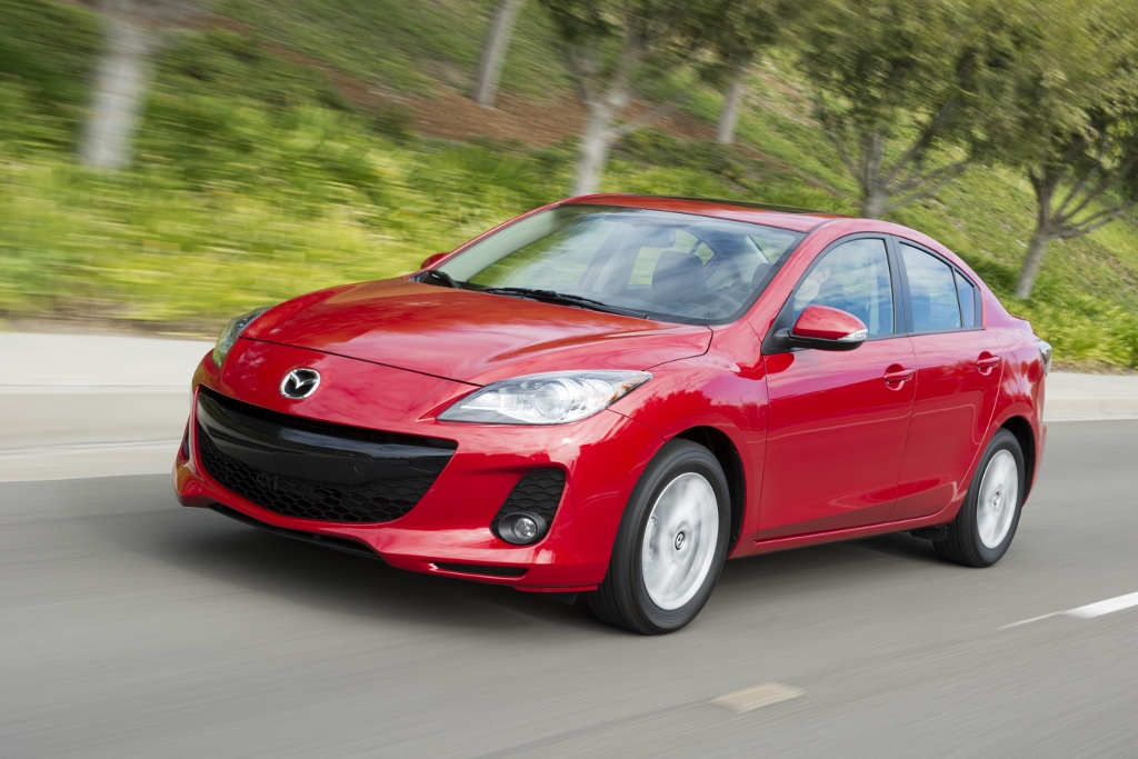 4 reasons to love the 2013 mazda3 i grand touring. Black Bedroom Furniture Sets. Home Design Ideas