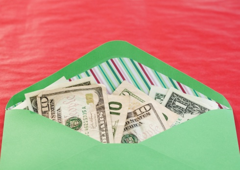 Five Ways to Make Some Extra Money During the Holiday Season