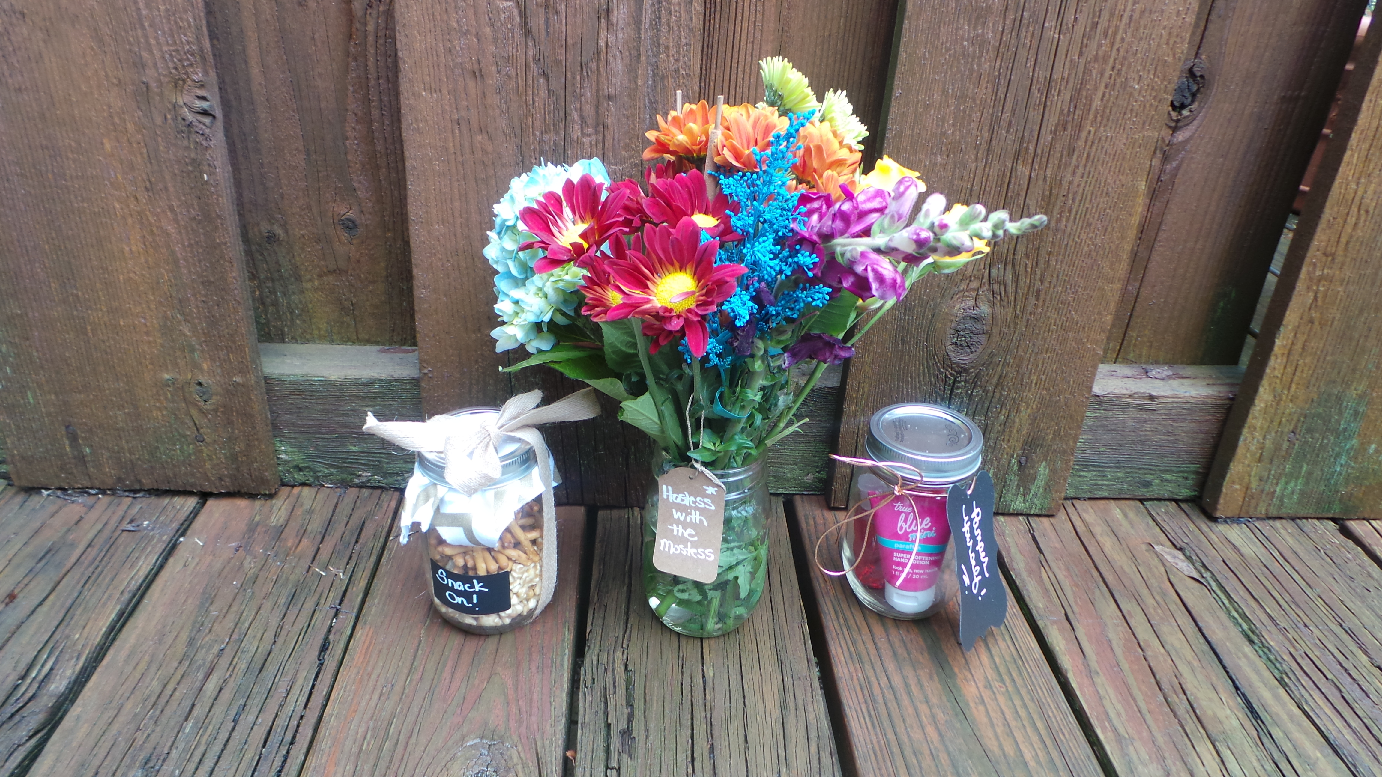 Crafting Fab: DIY Mason Jar Holiday Hostess Gifts