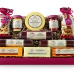 Giveaway: Celebrating Holiday Traditions with Hickory Farms