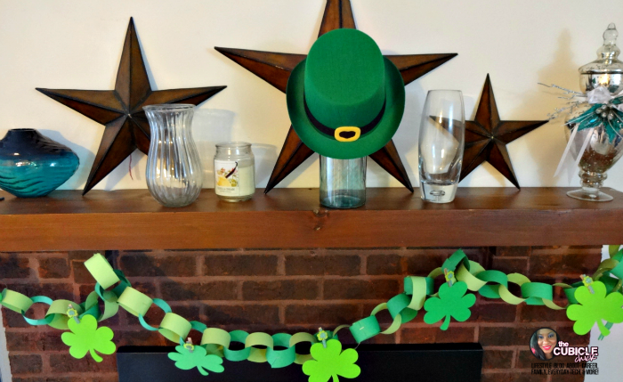 St. Patrick's Day Shamrock Garland Craft