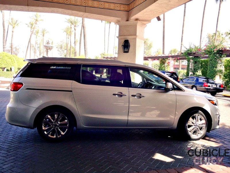 Featured in Kia Motors Why I Love Motherhood Video + 2016 Kia Sedona Review #KiaMom