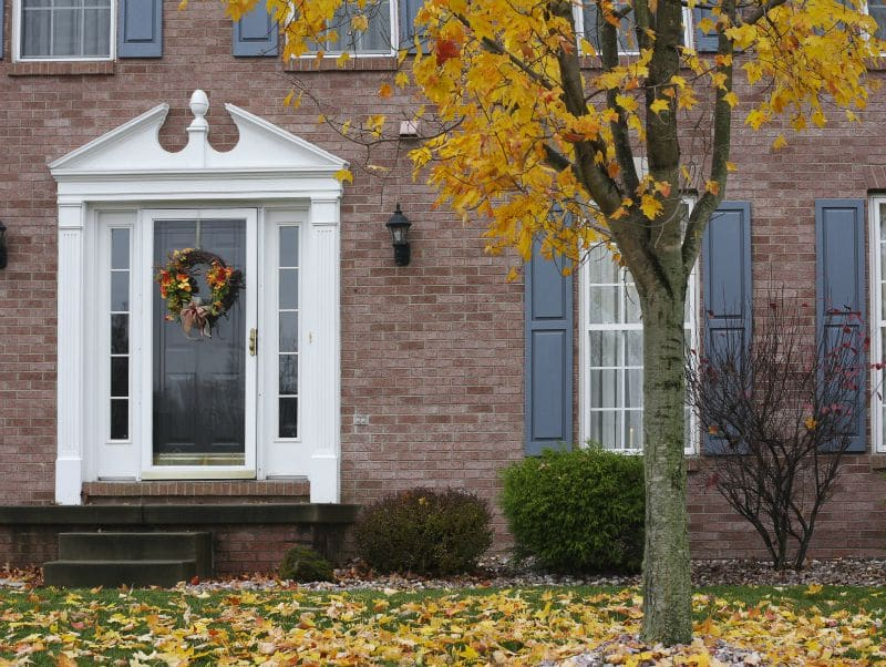How to Prepare Your Home for Fall and Winter: 6 Must-Do Tasks