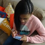 How I Limit My Tween's Digital Usage to Help #FightScreenAddiction (Sponsored)