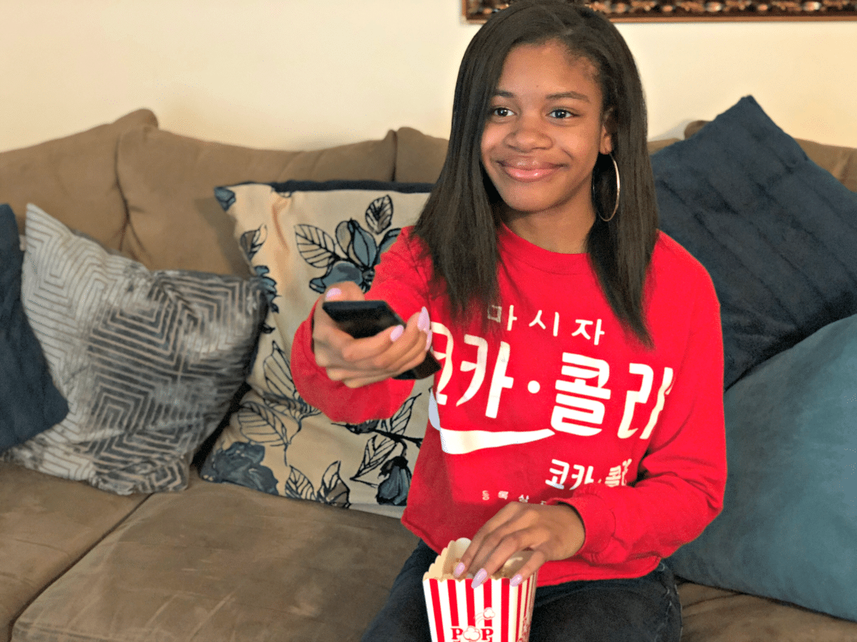 5 Ways to Have a Family Movie Night with Your Teen