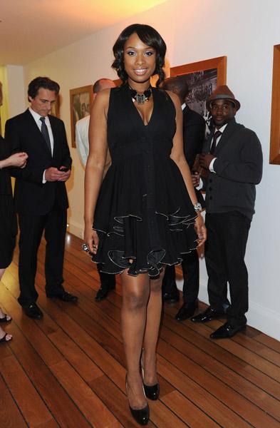 (PICS) Cubicle Chicks Jennifer Lopez & Jennifer Hudson Celebrate In Cannes