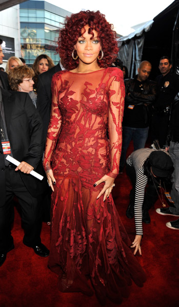 Best Dressed at the 2010 American Music Awards (Pics)