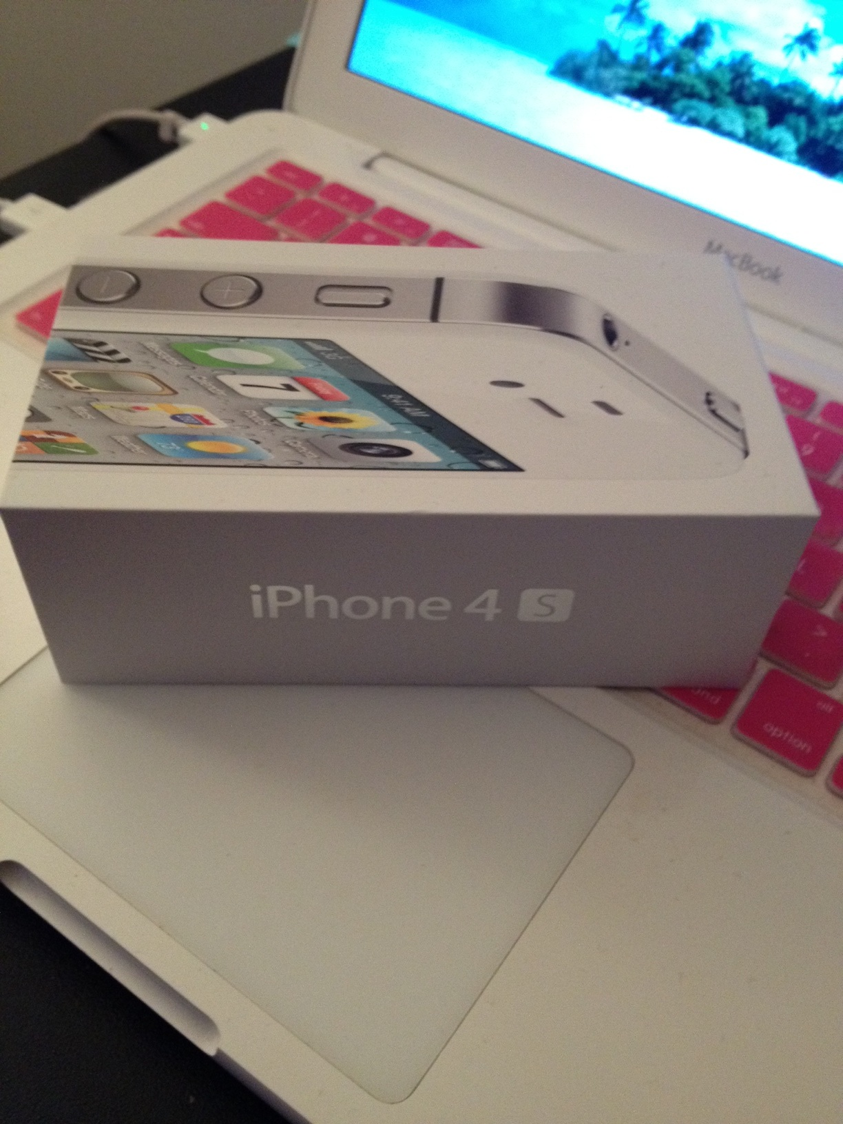 Goodbye Android. Hello iPhone: I've Gone Over to the Dark Side!