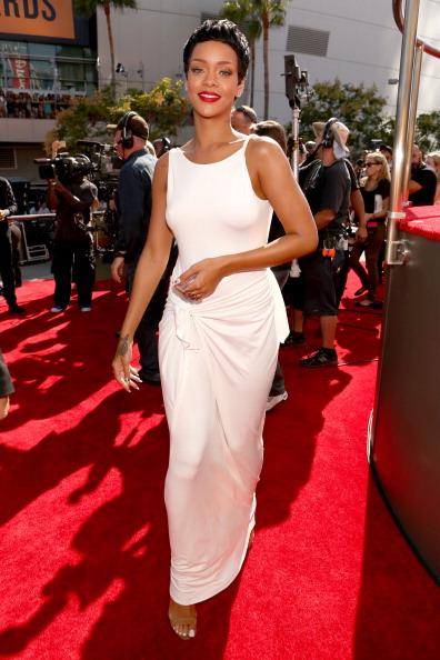 Red Carpet Rundown Pics: 2012 MTV Video Music Awards