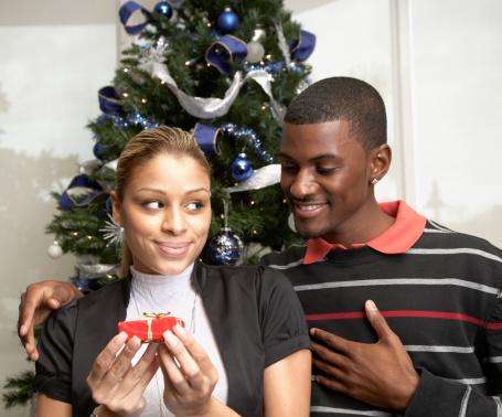 """""""Merry"""" Me!: 'Tis the Season to Get Engaged"""