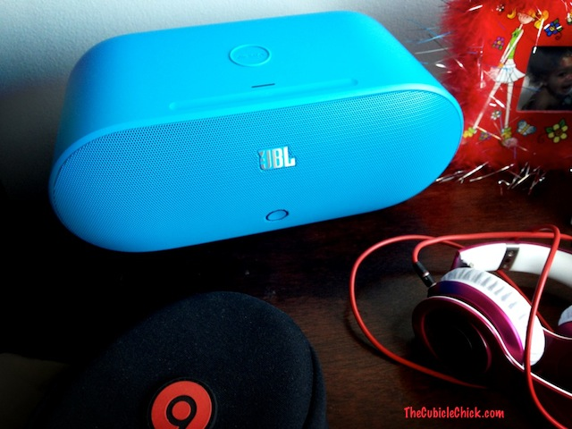 JBL by Harman Nokia PowerUp Wireless Charging Speaker Review