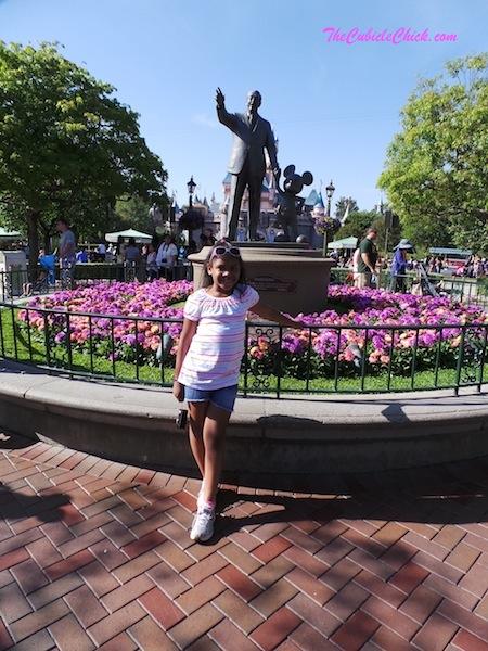 Walt Disnet statue at Disneyland