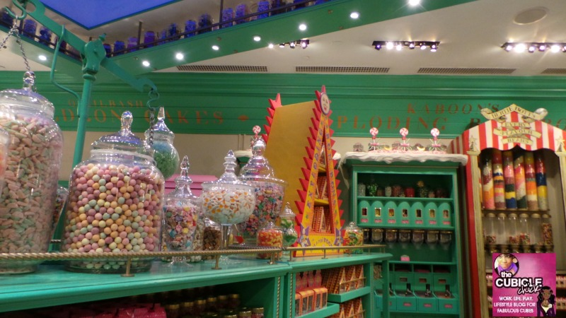 Candy at Honey Dukes in Hogsmeade Universal Studios