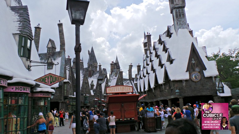 Universal Studios Magical Family Time at Hogsmeade with Harry Potter