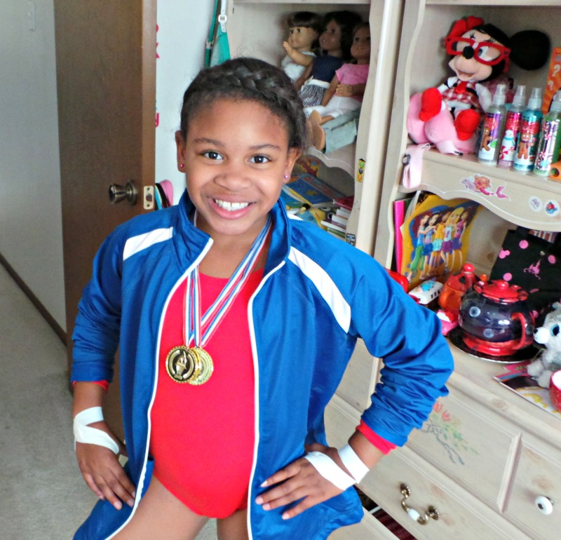 DIY Halloween: Gabby Douglas Team USA Olympic Costume