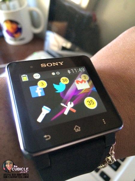 Sony SmartWatch 2 Home.jpg