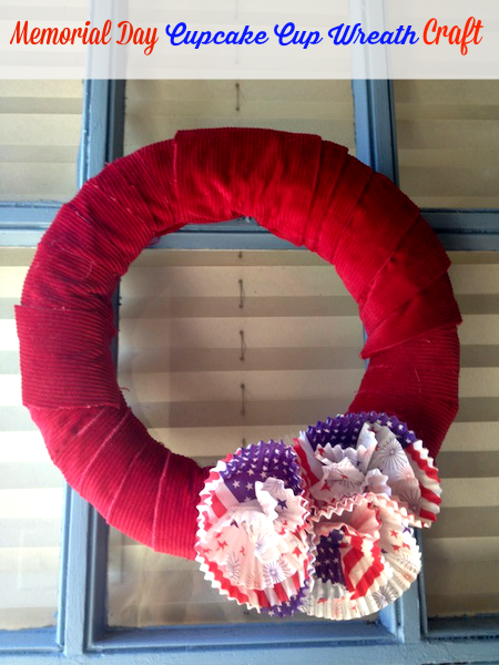 DIY Memorial Day Cupcake Cup Wreath Craft