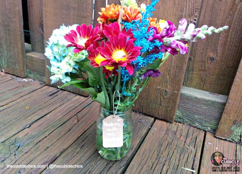 DIY Mason Jar Holiday Hostess Flowers