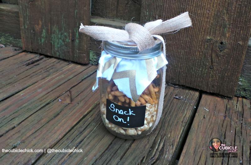 Mason Jar DIY Holiday Hostess Idea