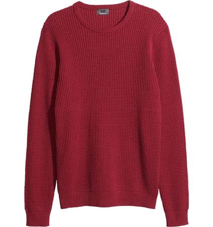 red sweater H&M