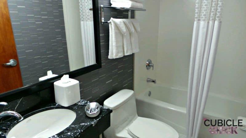 Hampton by Hilton Bathroom