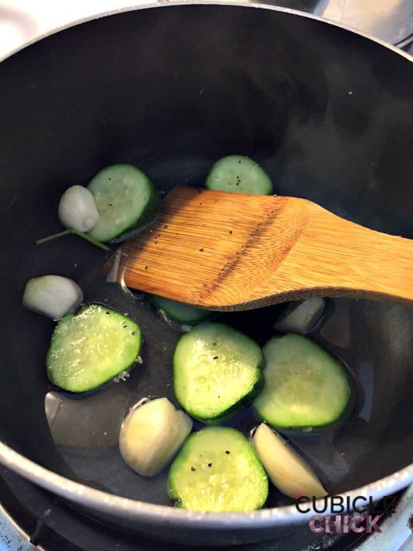 Blue Apron Quick Pickles