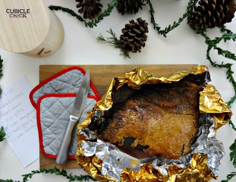 HoneyBaked Ham Holiday Traditions + Giveaway #HoneyBakedMoments #ad