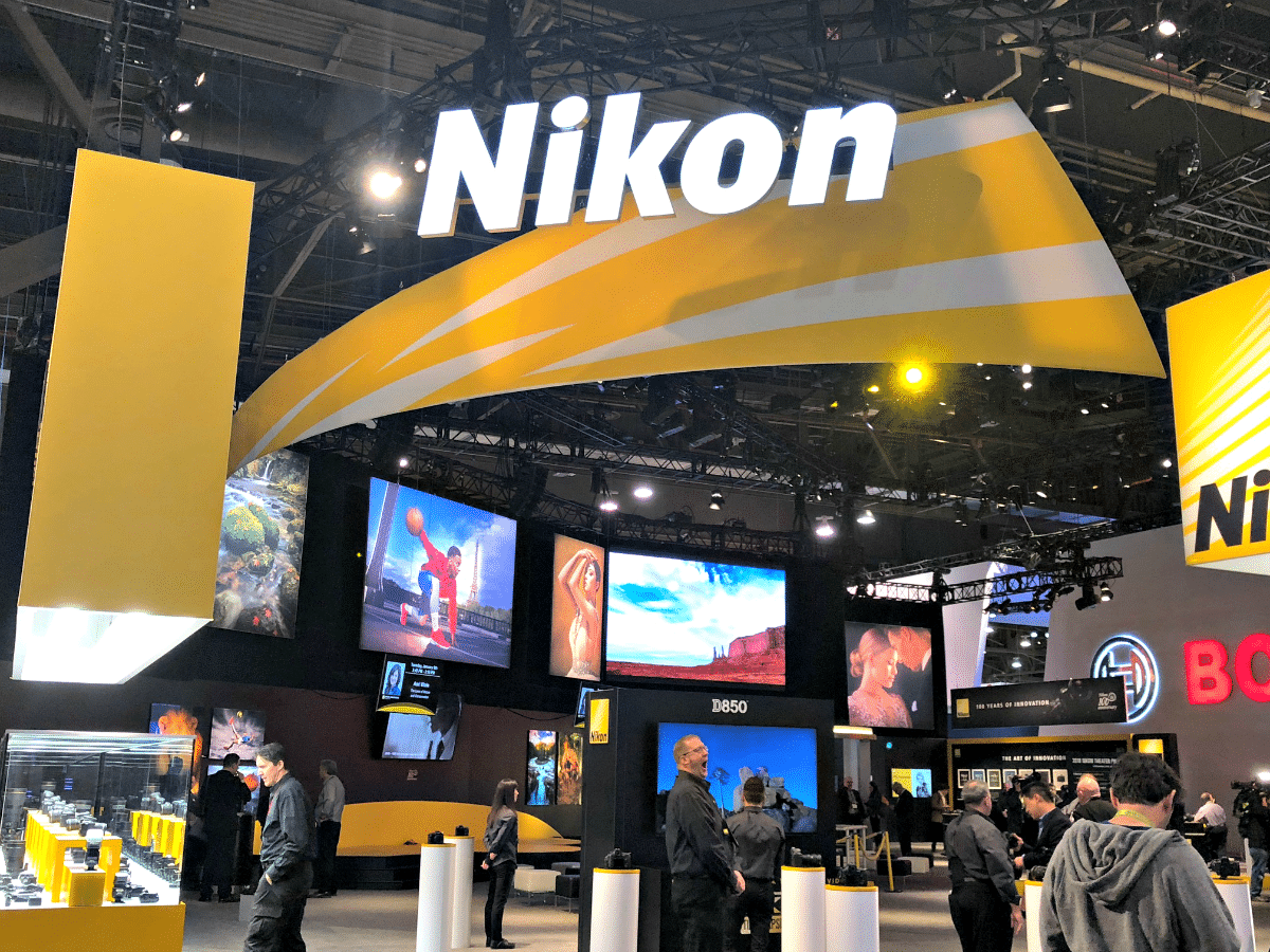 CES 2018 Day 1 is in the can, and I am sharing with you my thoughts on some of the photography options I saw with Canon, Polaroid, and Nikon.