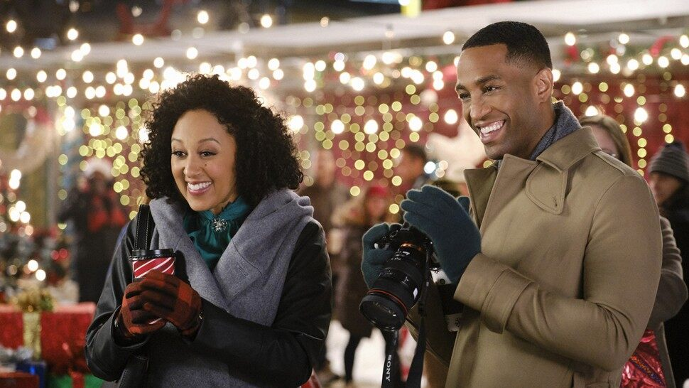 Hallmark Christmas movies are my thing, but there are some ups and downs that are associated with loving these movies. Can you relate?