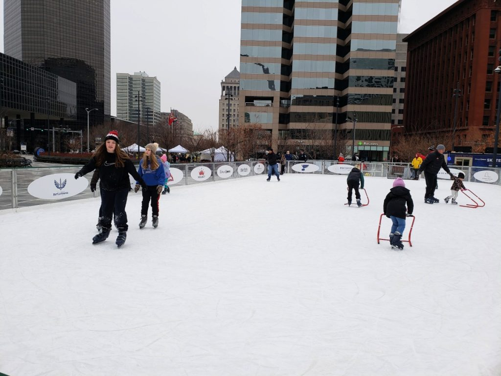 Did you know that there is tons of amazing things to do in Downtown STL during the winter season? Get a recap of our weekend staycation.