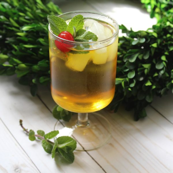 Sweet Southern Mint Julep Cocktail Recipe