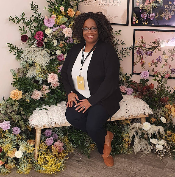 Black Luxe Candle Co. candles have changed my life! Meet the owner and creator of these fabulous candles and learn how she's a true BOSS.